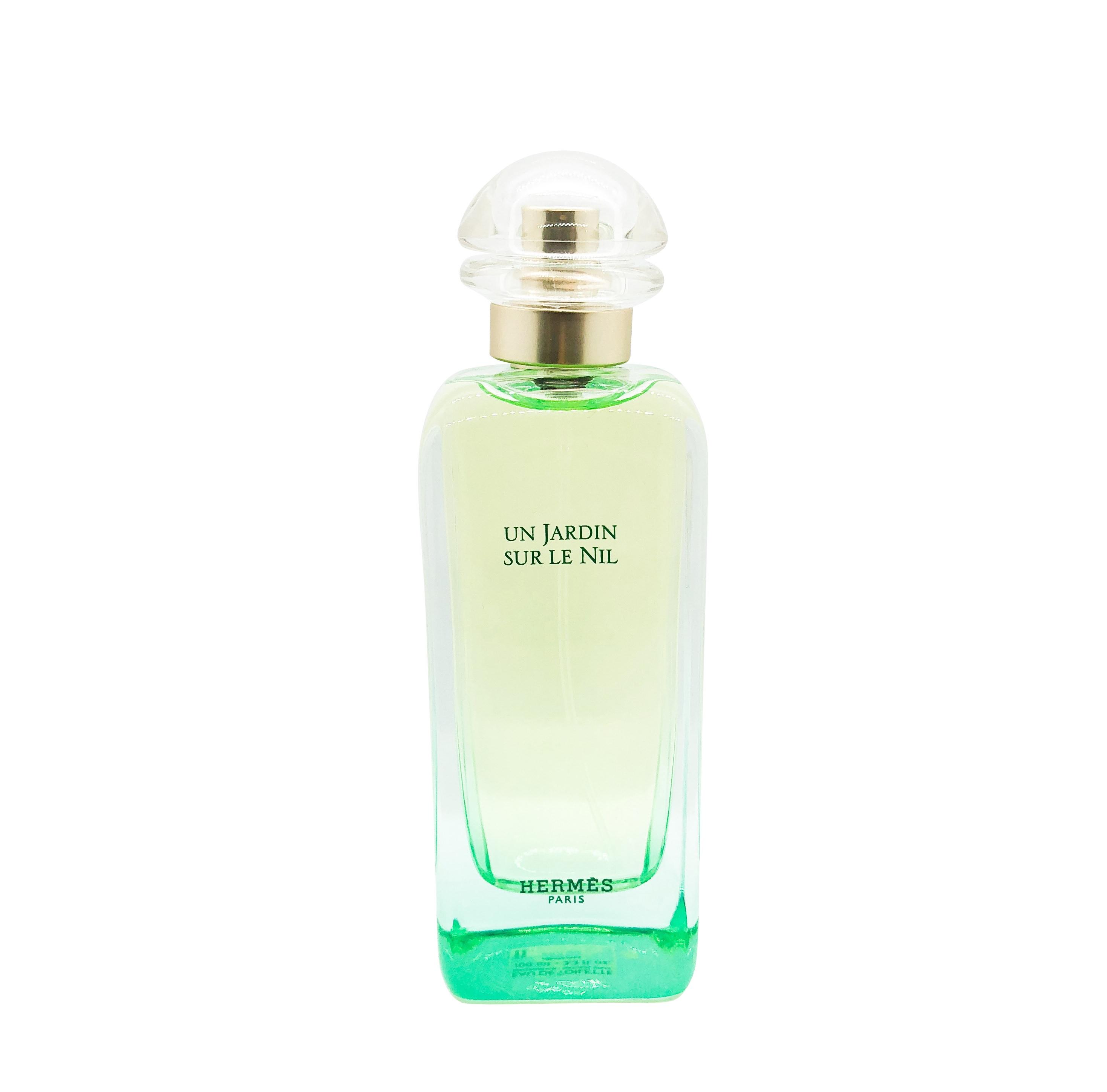 https://www.celes-perfume.com/wp-content/uploads/2018/12/Hermes-Un-Jardin-Sur-Le-Nil.jpg